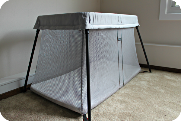 babybjrn crib bjorn happenings cribs babybjorn review light babybj comment giveaway of rn travel page