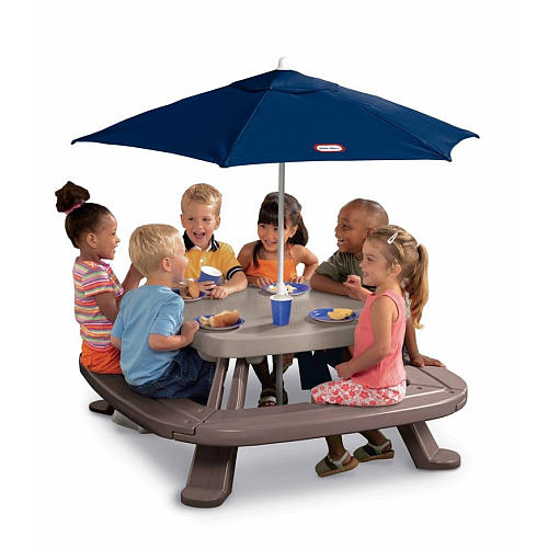 Outdoor Eating For The Littles With The Little Tikes Fold
