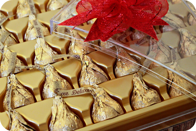 Hershey Kisses Deluxe Candy