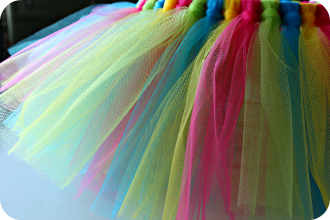 DIY tutu easter basket tutorial