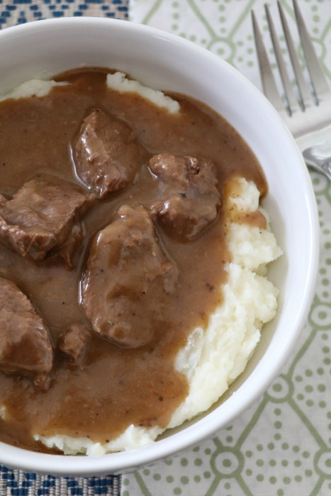 beef-and-gravy-with-mashed-potatoes