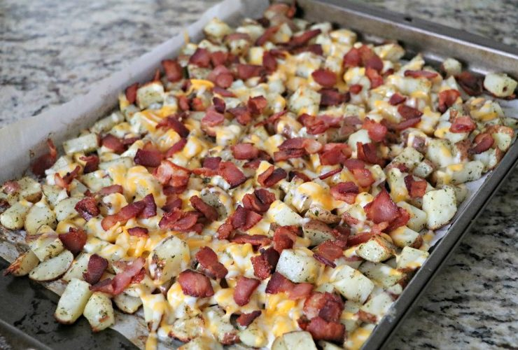 Mama's Cheesy Bacon Ranch Potatoes