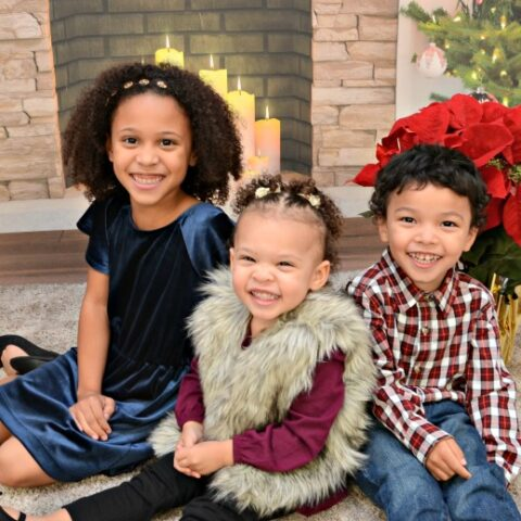Portrait Innovations Nailed our Holiday Pictures!