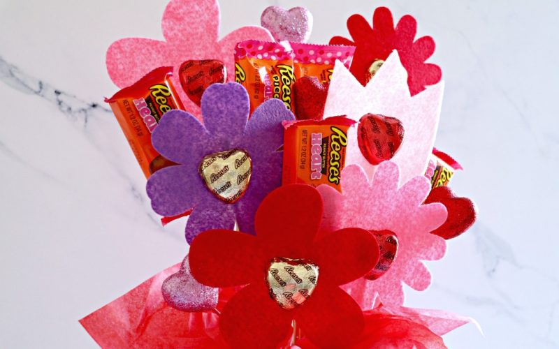 DIY Reeses Candy Flower Bouquet