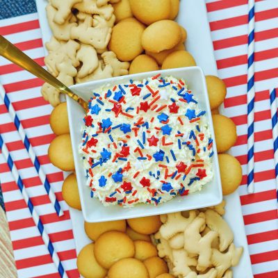 Red White and Blue Patriotic dunkaroo dip