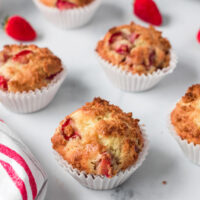 easy and delicious strawberry muffins