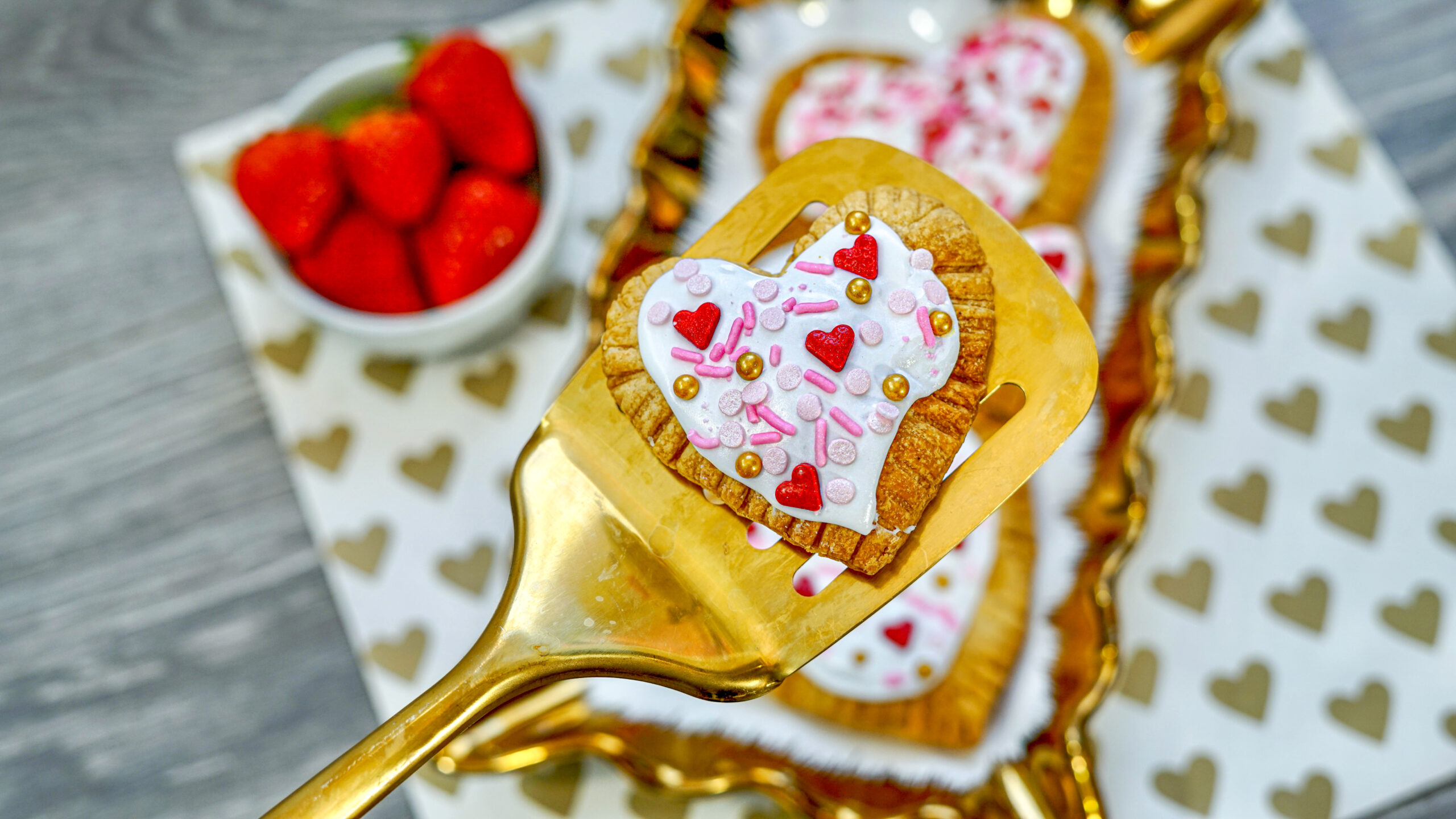 strawberry frosted air fryer pop-tarts