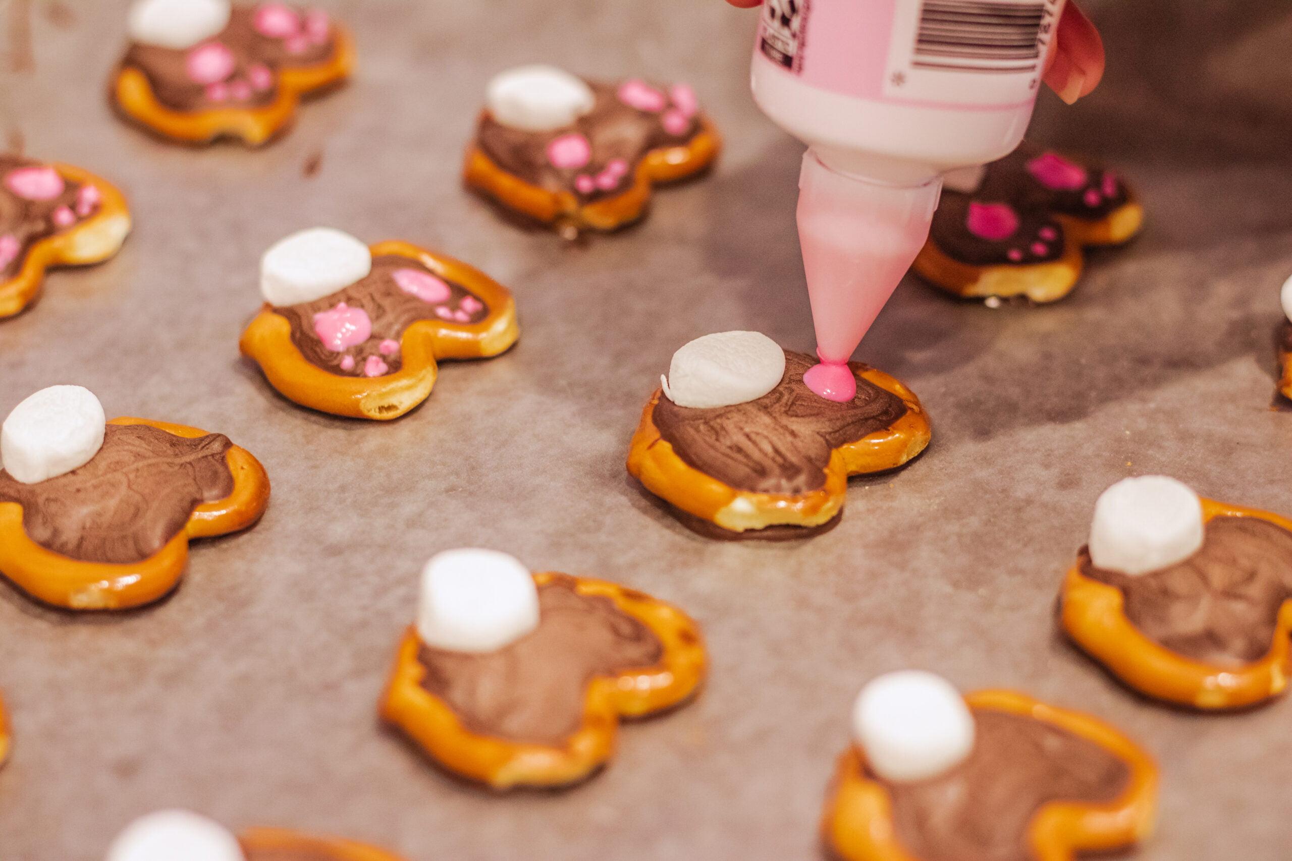how to make bunny butt pretzels